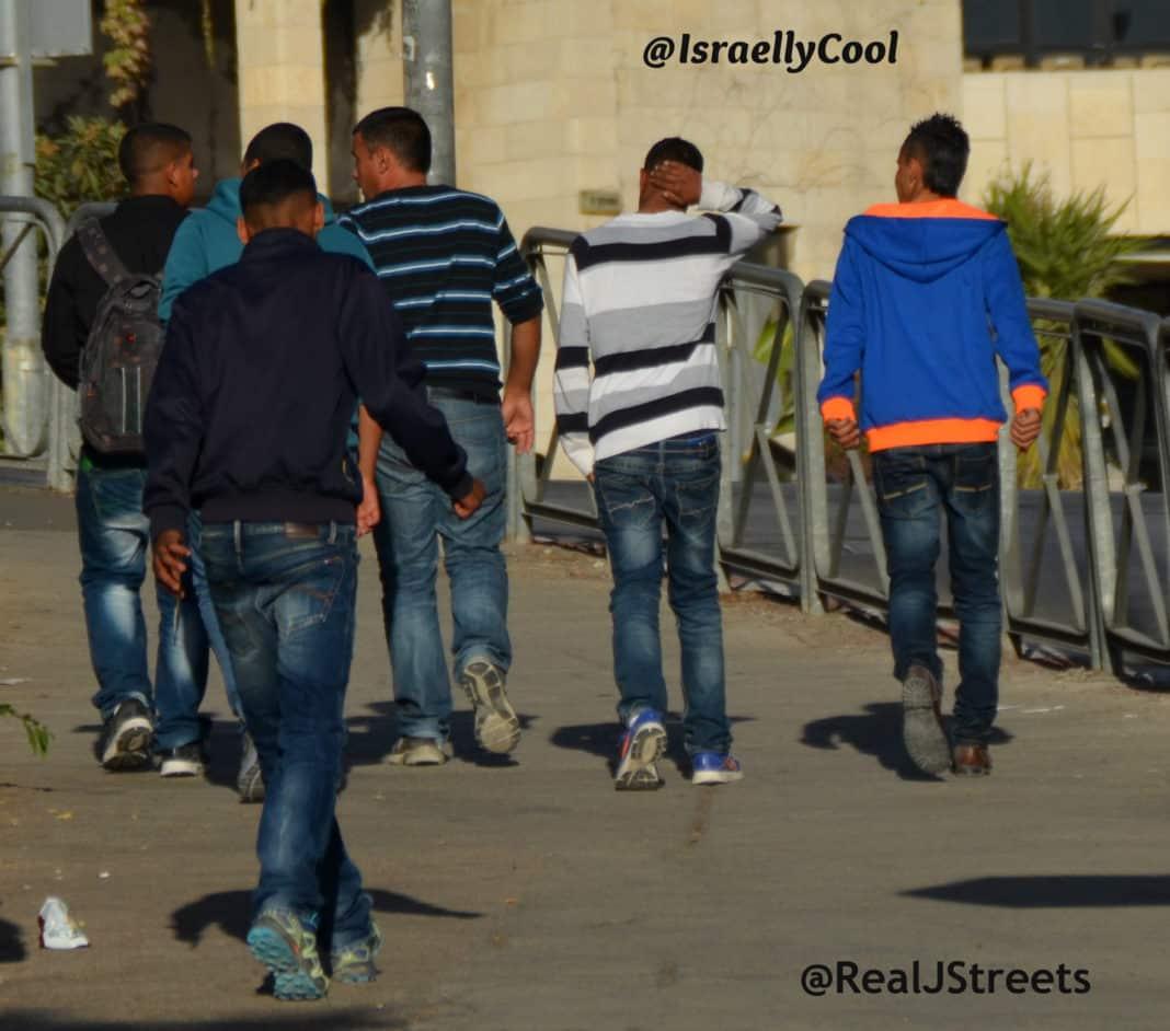 image Jerusalem apartheid, photo Palestinian boys, photo abuse Palestinian