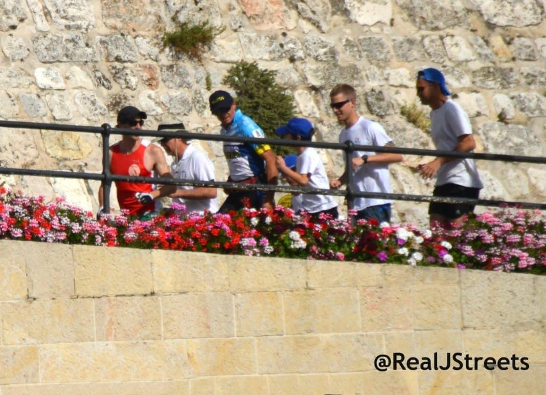 image Pat Farmer, photo runners, picture marathon runner Jerusalem