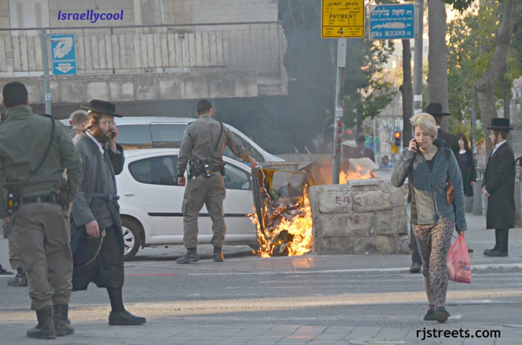 image demonstration Jerusalem, photo burning trash bin, picture fire