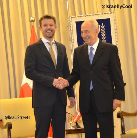 Prince Frederik and Shimon Peres photo, official handshake picture, image Peres and royal visit