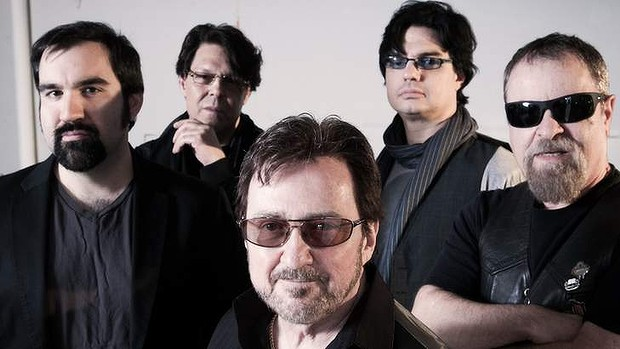 aw-Blue-Oyster-Cult-20130425012144353429-620x349