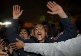 celebrating-palestinians2.jpg