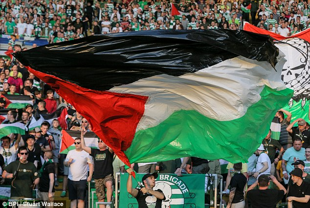 hapoel beer sheva celtic palestinian flags 03