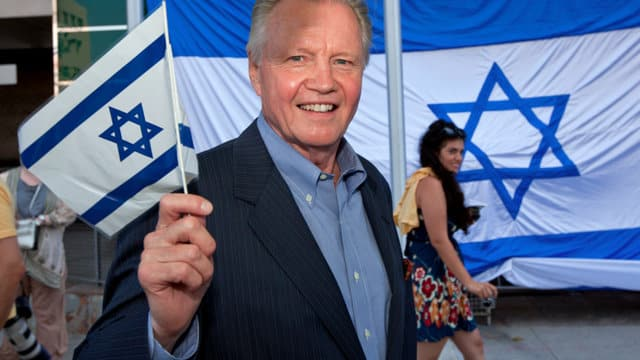 jon voight israel