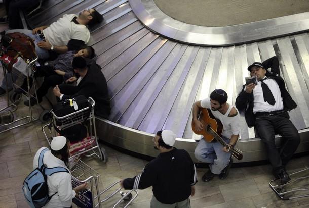 Ben Gurion baggage carousel