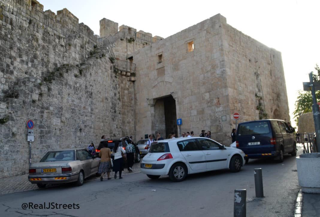 photo essay ldquo hell rdquo in jeru m this passover lycool passover in old city