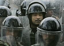 riot-police.jpg