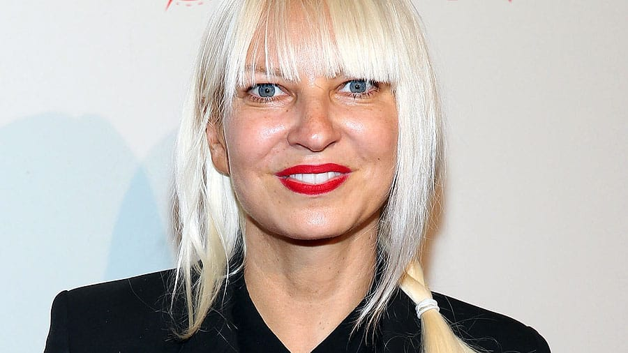 sia-face-no-wig-gi